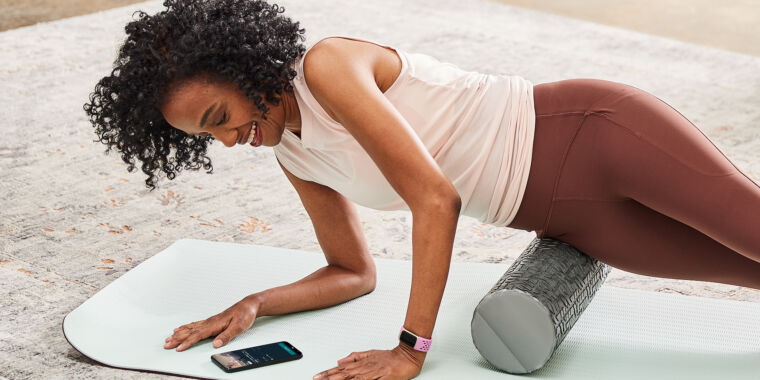Fitbit announces Charge 5, teases future Google collaboration