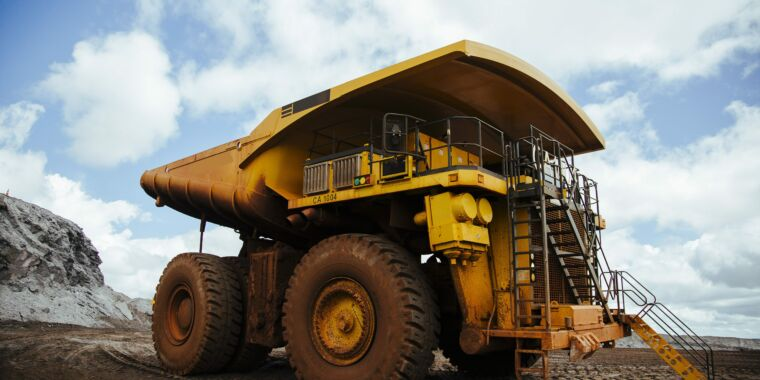 Massive mine truck and a Baja off-road racer both find use for fuel cells