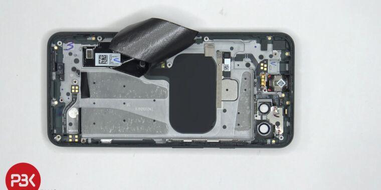 Pixel 5a teardown shows a surprising amount of metal
