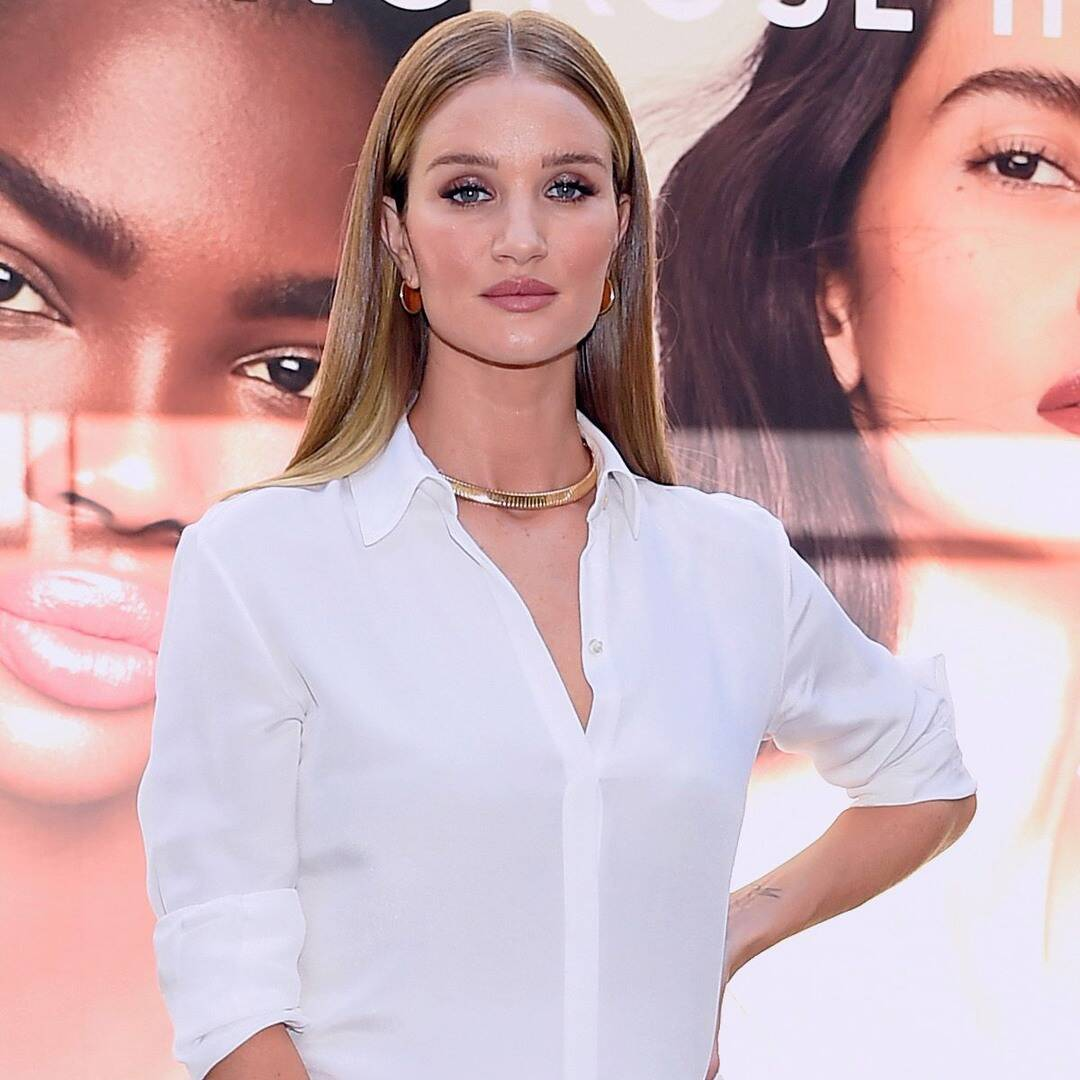 Rosie Huntington-Whiteley Turns Heads at First Event Since Announcing Pregnancy