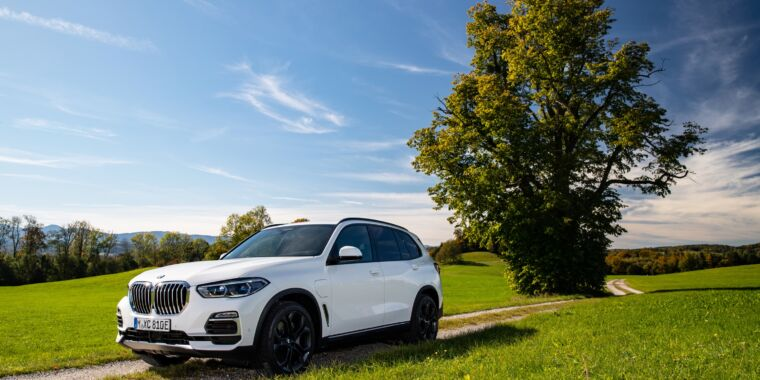 The 2021 BMW X5 xDrive45e—a big battery gives this hybrid a useful range