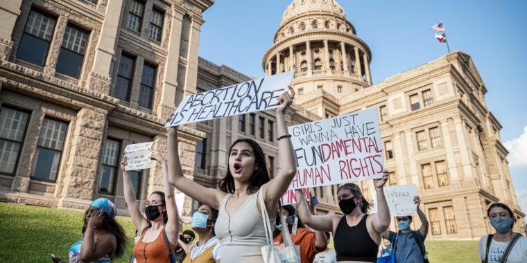 "Even Epik says the Texas abortion ""whistleblower"" site violates its rules"