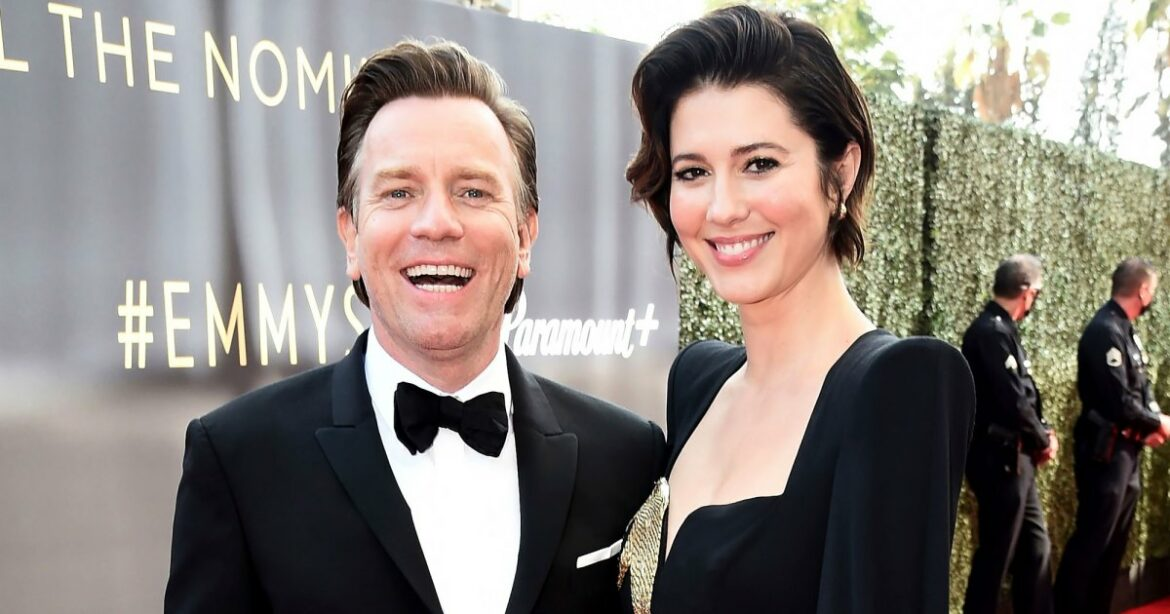 Ewan McGregor Gushes Over Son With Mary Elizabeth Winstead in Emmys Speech