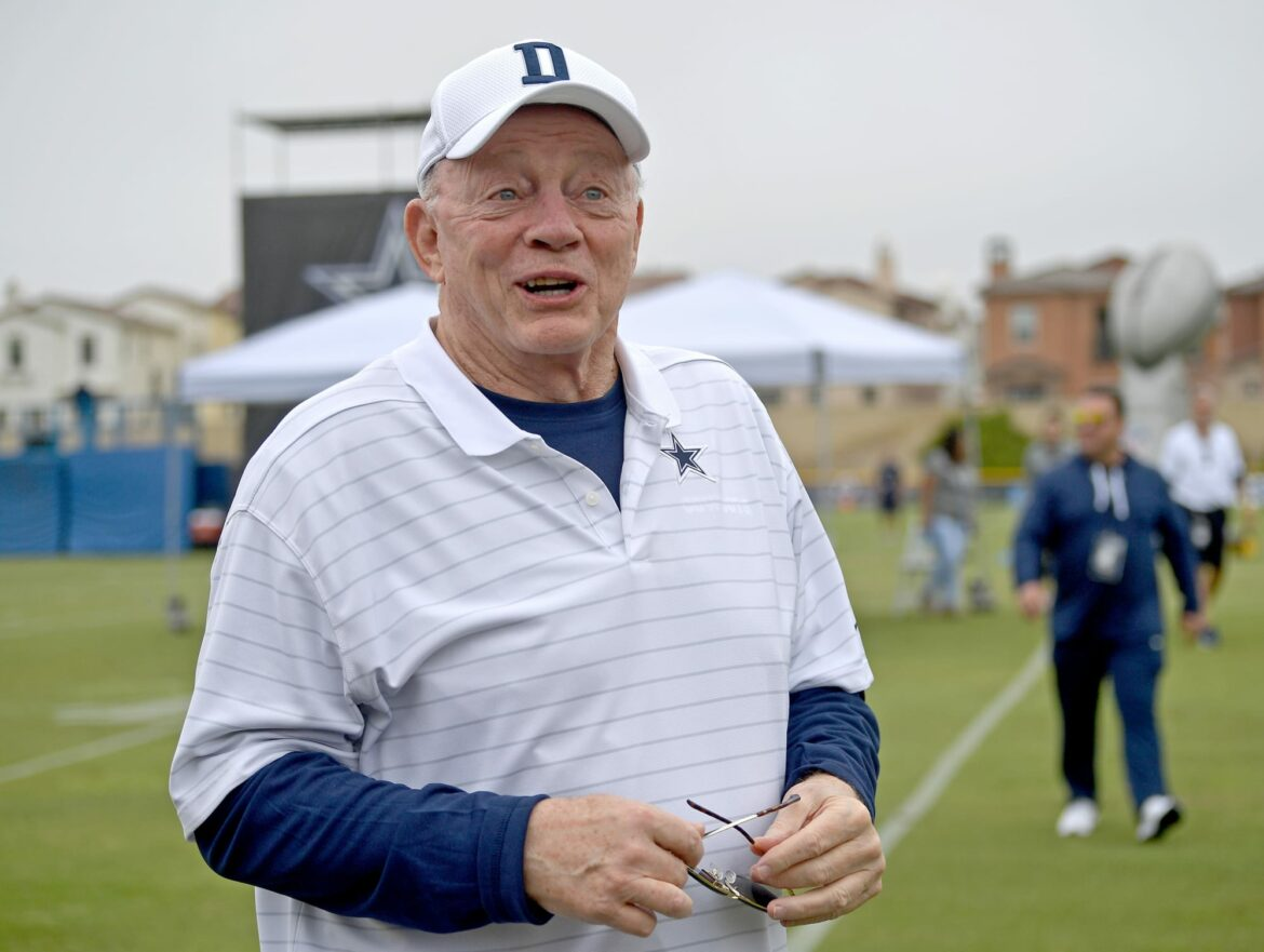 Jerry Jones issues stern warning to Eagles after Nick Sirianni rocks anti-Cowboys shirt