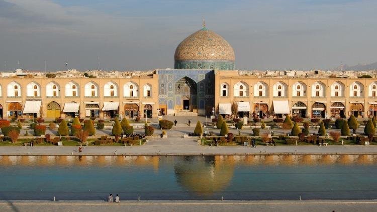 Group Tour in Iran: A Solo Traveler's Dream Trip