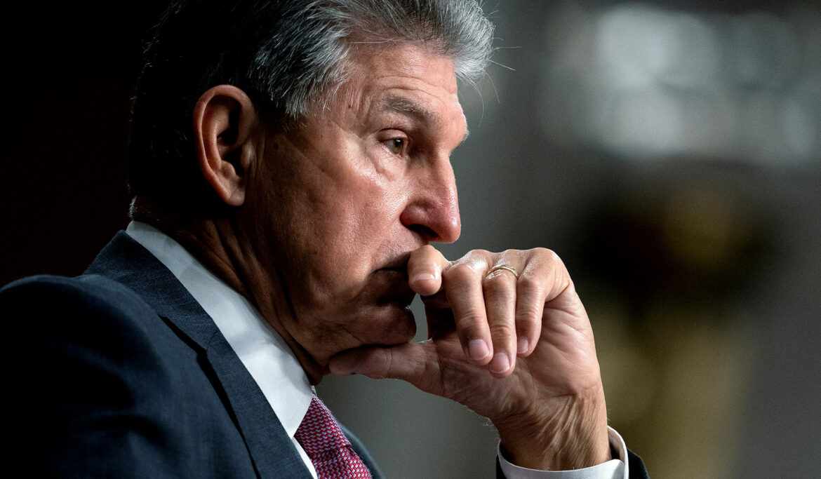 Manchin Hammers Home Opposition to $3.5 Trillion Reconciliation Bill: 'Fiscal Insanity'