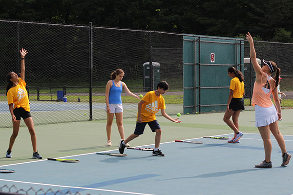 3 Tips to Help Tennis Players Master Lob Shots