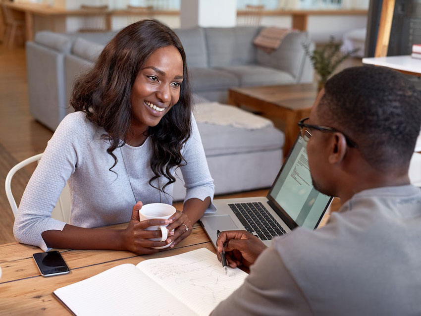 8 ways to tell if your wife/girlfriend has business sense