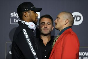 Joshua and Usyk showed their weapons at press conference
