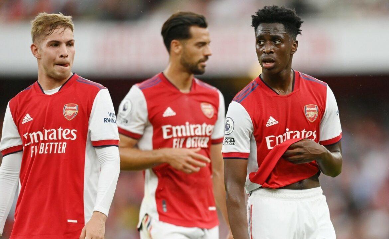 Jugador de Arsenal se negó a vacunarse y dio positivo por COVID-19