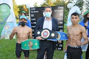 Musculito Blanc and Demonio Zarate for the mini flyweight FEDELATIN in Argentina