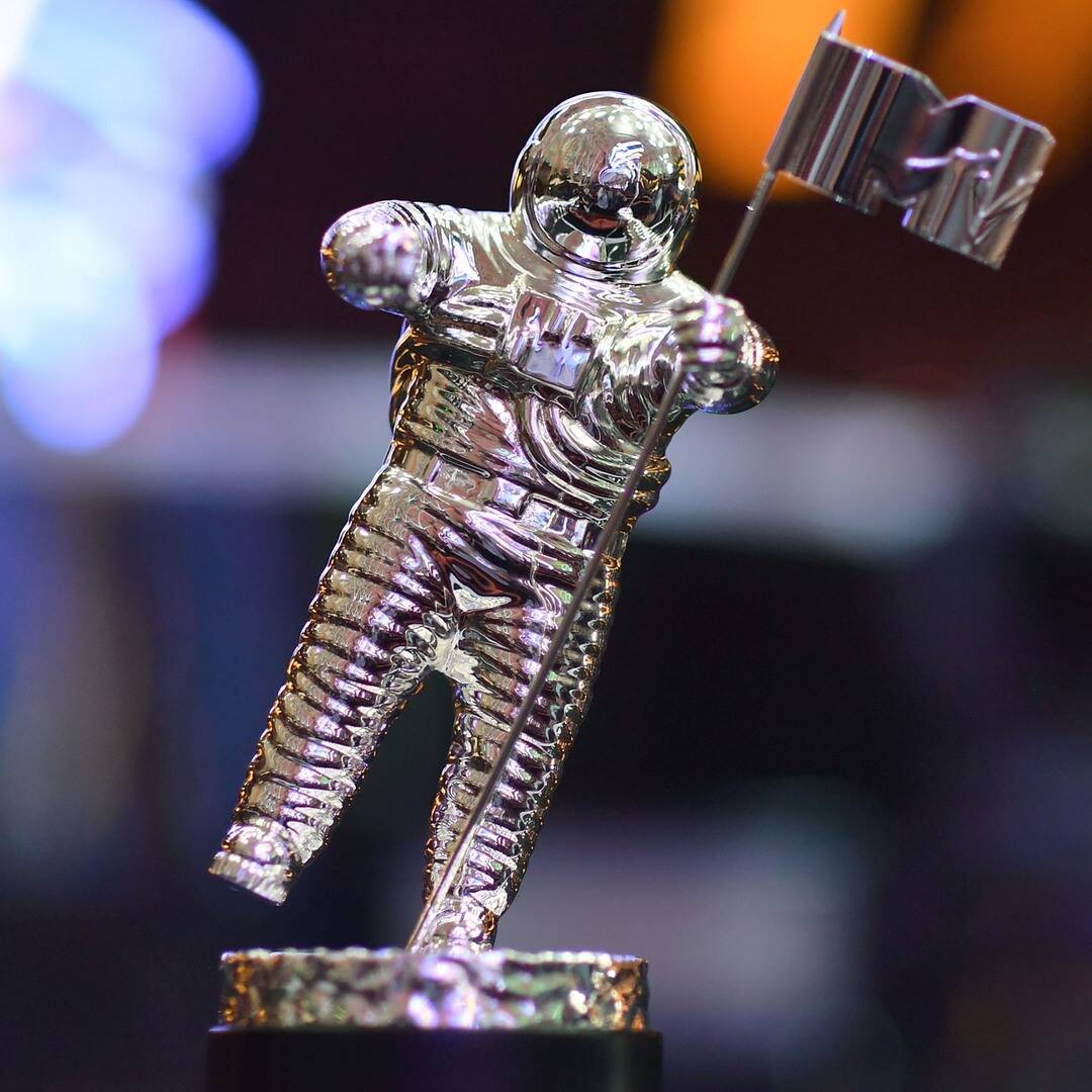 Your 2021 MTV VMAs Guide: How to Watch, Who's Performing and More