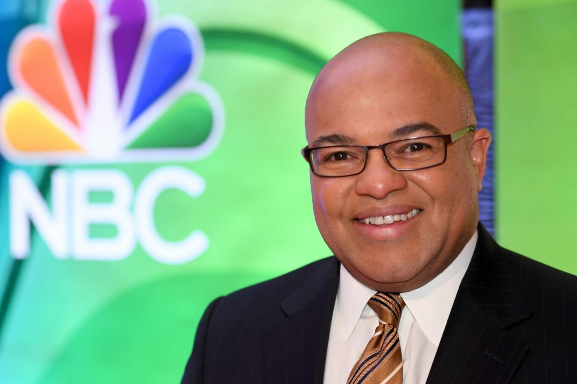 Mike Tirico's umbrella for Sunday Night Football is made for a literal giant (Photo)