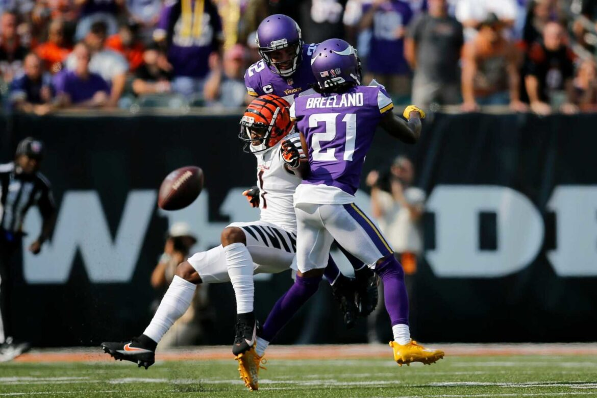 Mike Zimmer had to comment on Bashaud Breeland's NSFW tweet