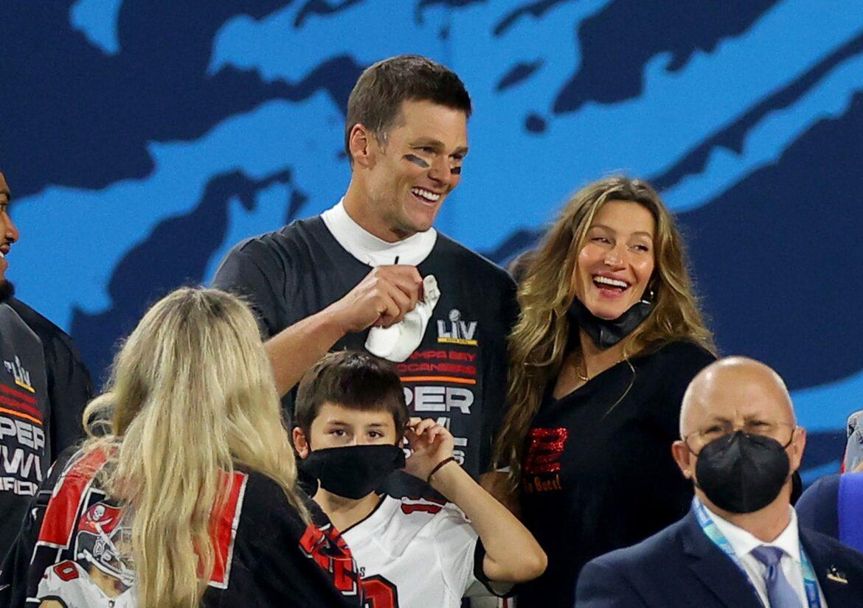 Look: Tom Brady, Gisele joke on Twitter about a trade back to New England