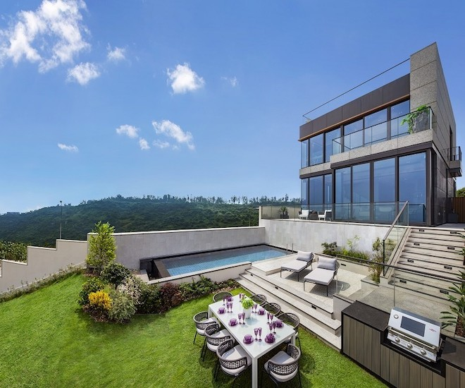 IL PICCO: On the Peak of Waterfront Green Living