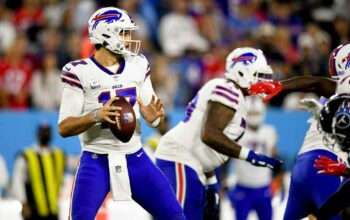 Watch: Bills bless fans with 'Billy Special' on gorgeous two-point try