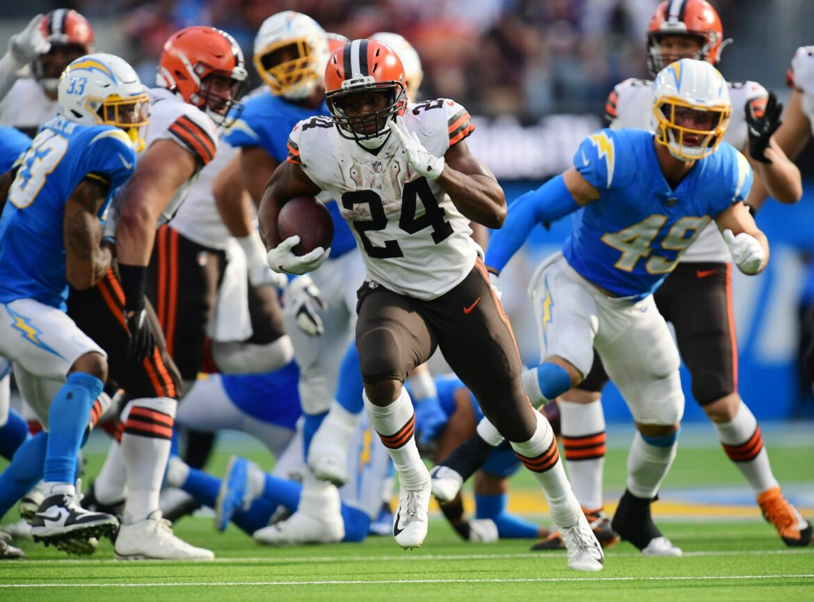 5 bold predictions for Browns against Cardinals