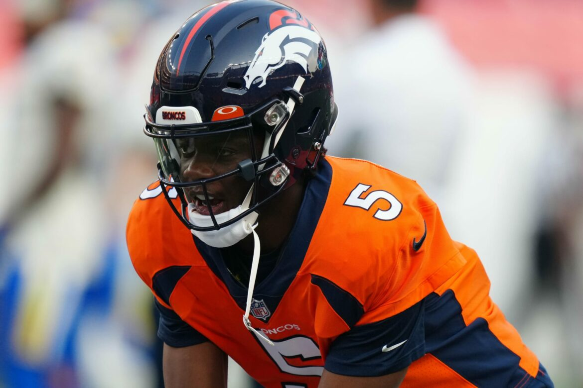 Broncos: Teddy Bridgewater leaves Ravens game due to concussion
