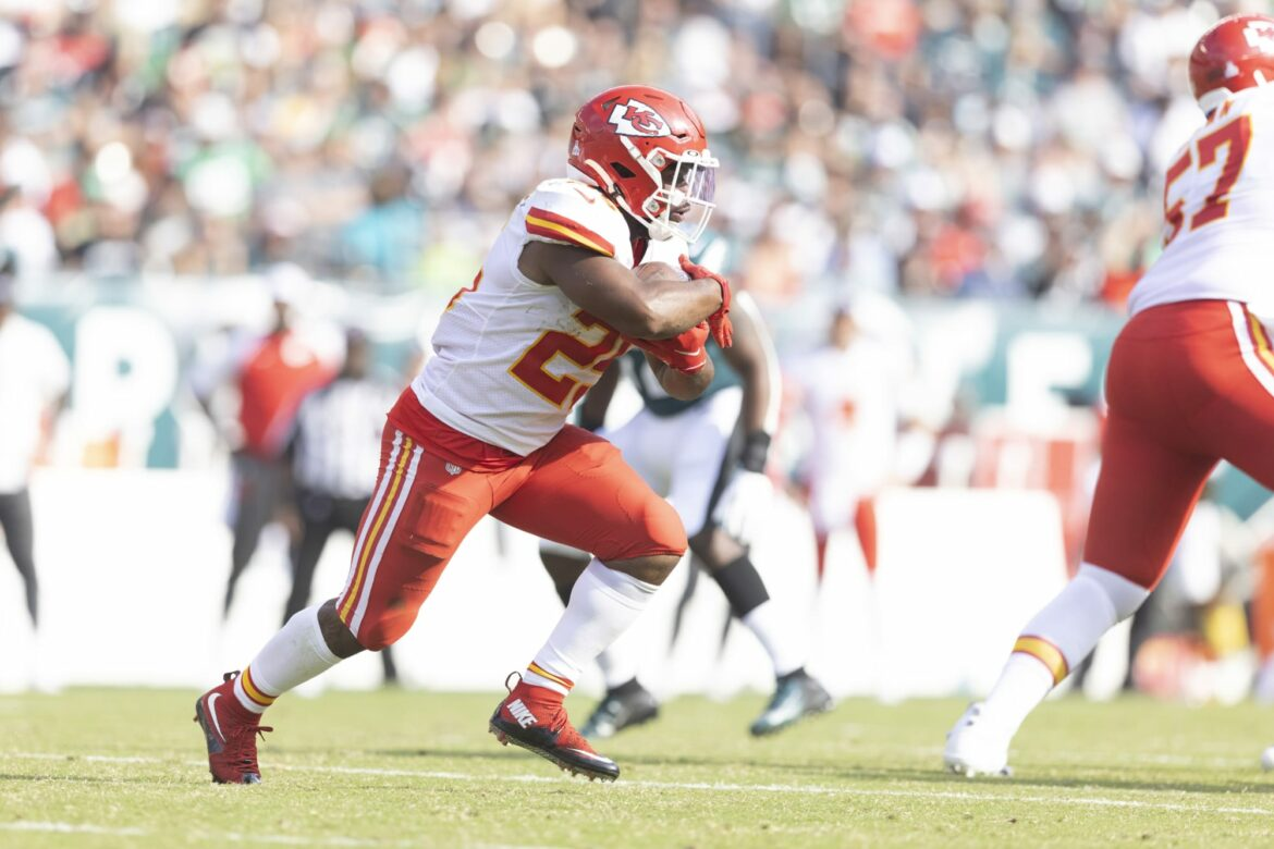 Chiefs are looking into big trade to replace injured Clyde Edwards-Helaire