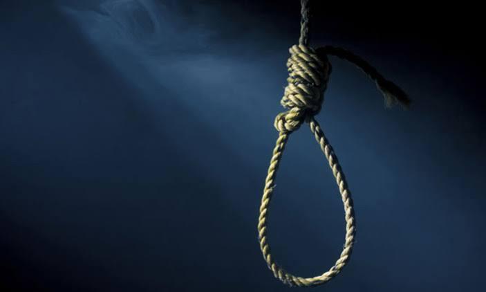 Husband locks wife in bedroom, hangs self in sitting room in Rubanda