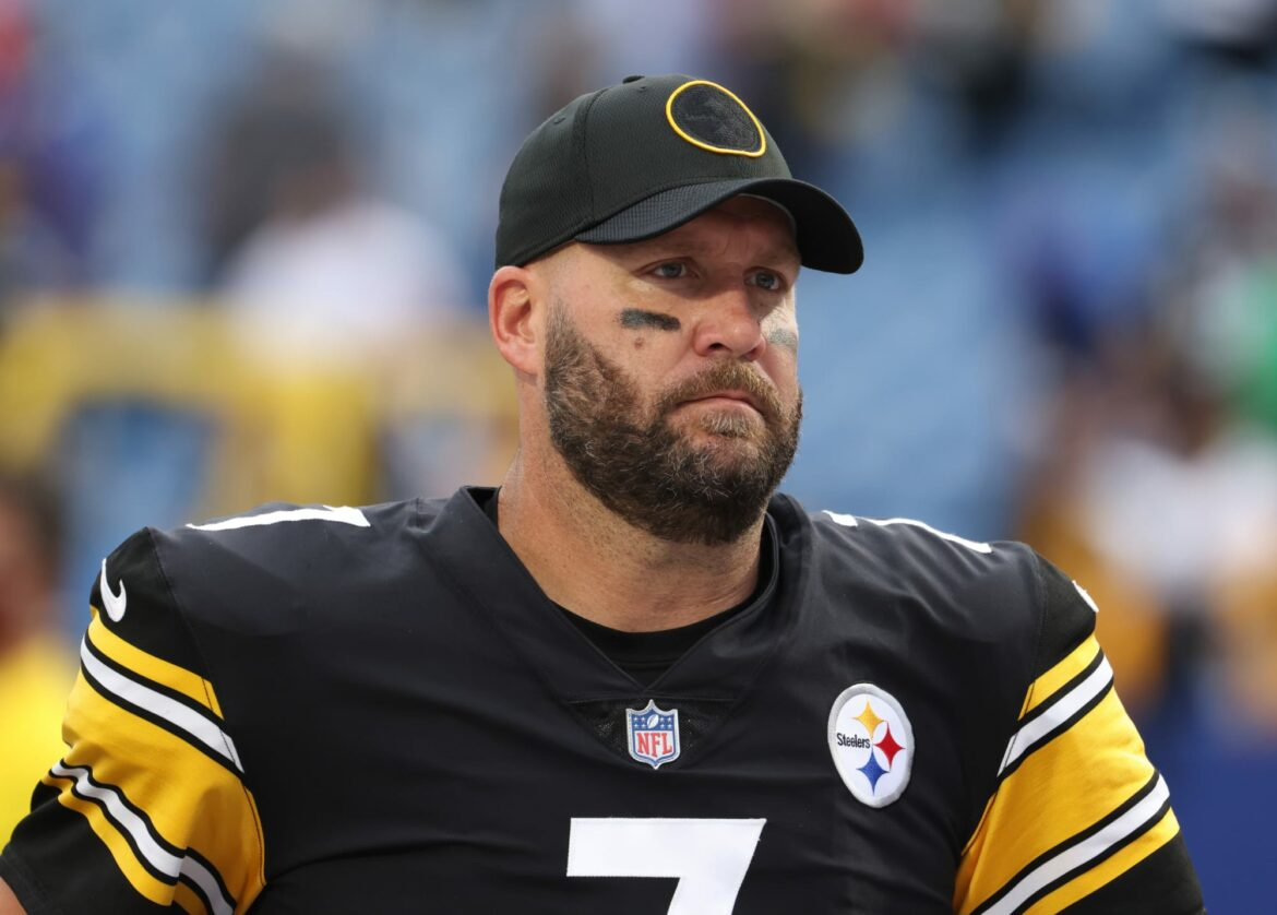 Steve Young rips Steelers for sticking with Ben Roethlisberger