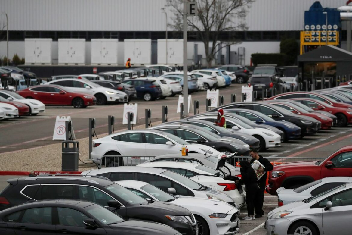 Tesla Vehicle Deliveries Hit Another Record in Q3 2021, Beats Analysts' Estimates